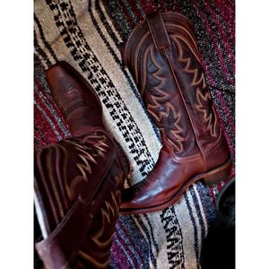 "*NWT*""JUSTIN'S BOOTS""MATURE TAKE TO THE WEST BOOTS"
